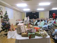 クリスマス会もあります。